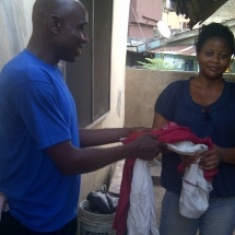 CLOTHES DISTRIBUTION IN LAGOS_03